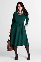 Women's Plus Size 3/4-sleeve Drapey Ponté V-neck Dress