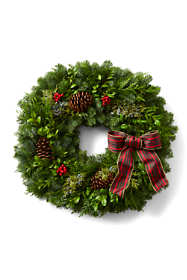 "22"" Fresh Traditional Christmas Wreath"
