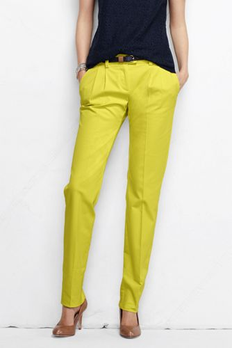 Women's Regular Low Rise Pleated Chinos