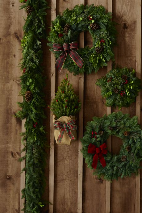 12 Ft. Traditional Christmas Garland