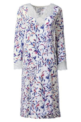 Women's Regular Three-quarter Sleeve Patterned Modal Lace V-neck Nightgown