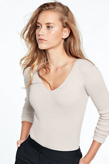 Women's Fitted Merino V-neck