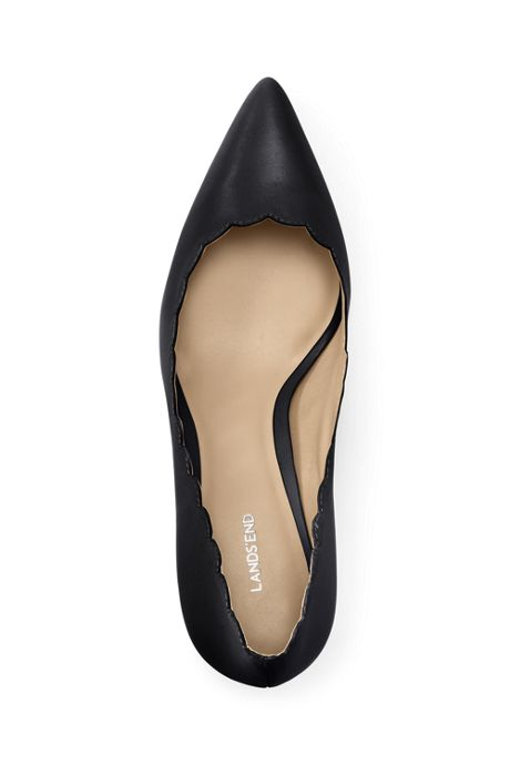 Women's Scallop Pumps