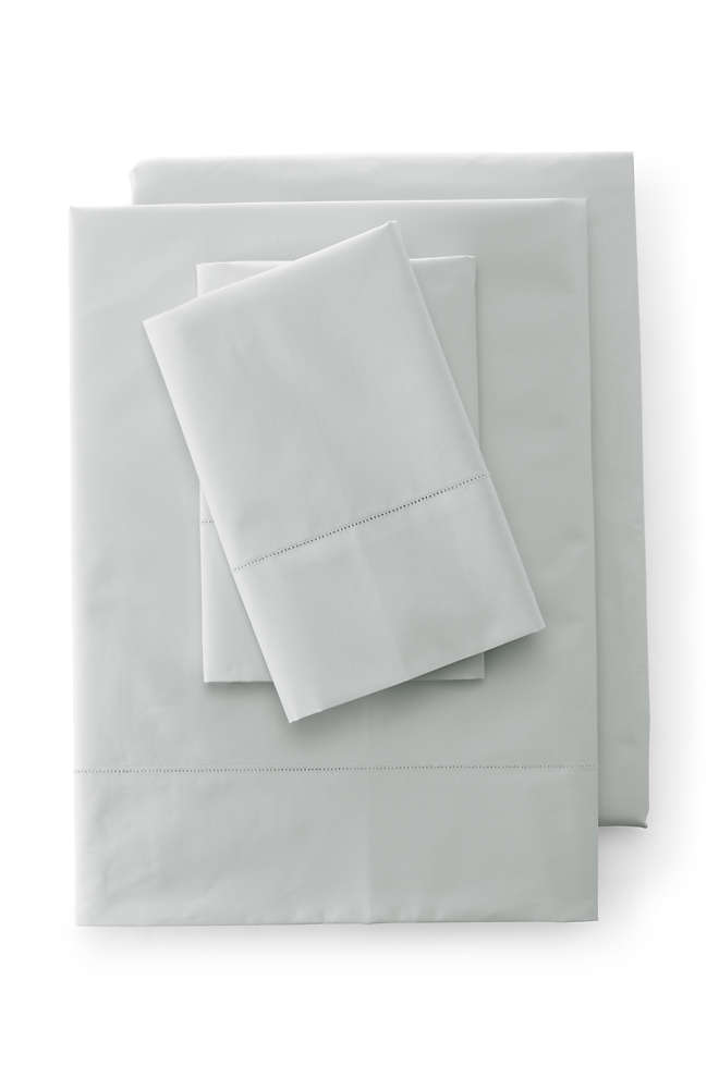 300 Supima Percale Solid Pillowcases, alternative image