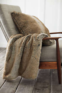Faux Fur Throw Blanket, Unknown