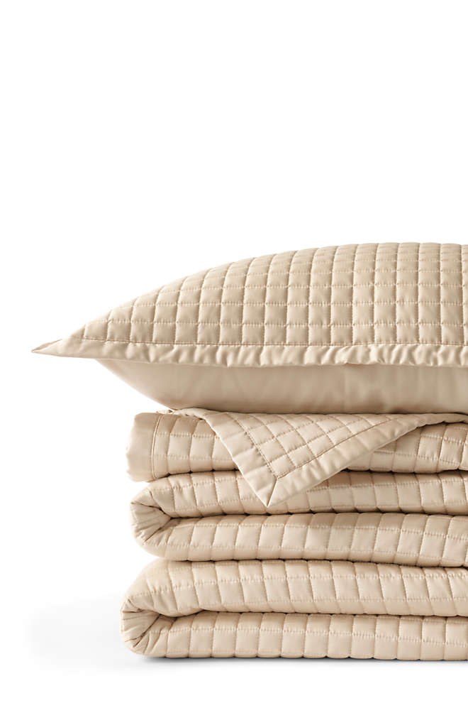 400 Supima No Iron Quilted Coverlet, Front