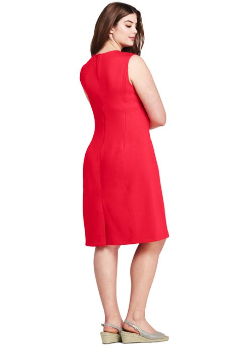 Women's Plus Size Sleeveless Scoop Neck Ponte Knit Sheath Dress