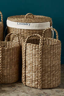 Seagrass Round Lidded Laundry Hamper, alternative image