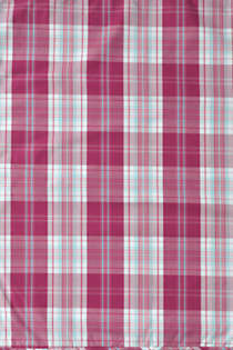 Percale Plaid Comforter, Unknown