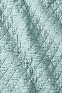Solid Diamond Double Voile Quilt, alternative image