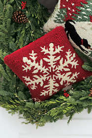 Hooked Wool Decorative Christmas Throw Pillow