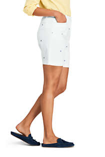 "Women's Petite Mid Rise 7"" Chino Shorts - Sailboats, Unknown"