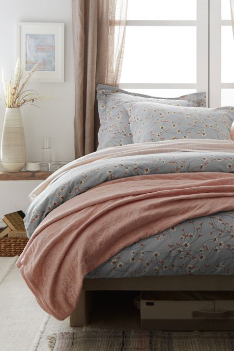 Novelty Matelasse Coverlet