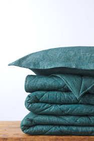 Velvet Flannel Paisley Comforter
