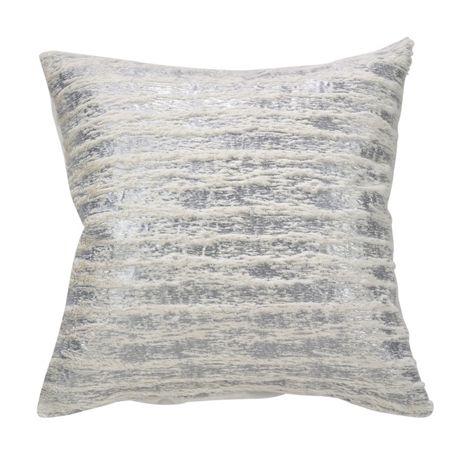 Saro Lifestyle Metallic Faux Fur Decorative Throw Pillow