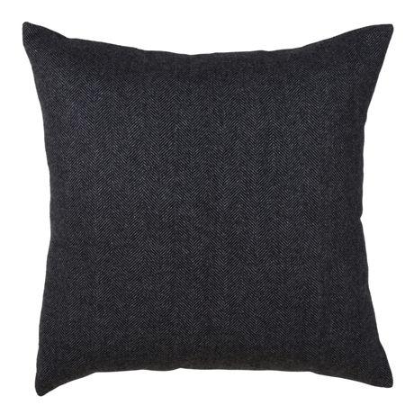 Saro Lifestyle Tweed Solid Decorative Throw Pillow