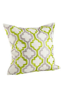 Saro Lifestyle Moroccan Tile Decorative Throw Pillow, Front