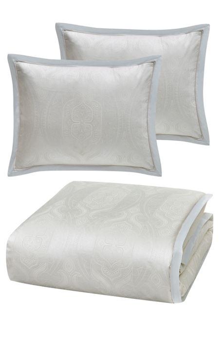 Charisma Tristano Comforter Set