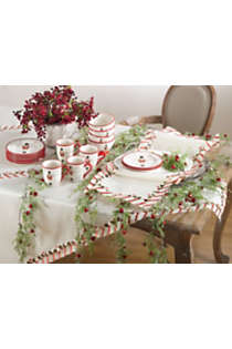 Saro Lifestyle Christmas Candy Cane Stripe 16 x 54 Table Runner, alternative image