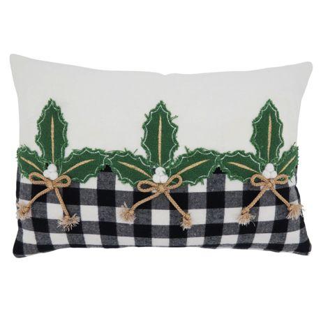 Saro Lifestyle Holly Buffalo Plaid Border Christmas Decorative Throw Pillow